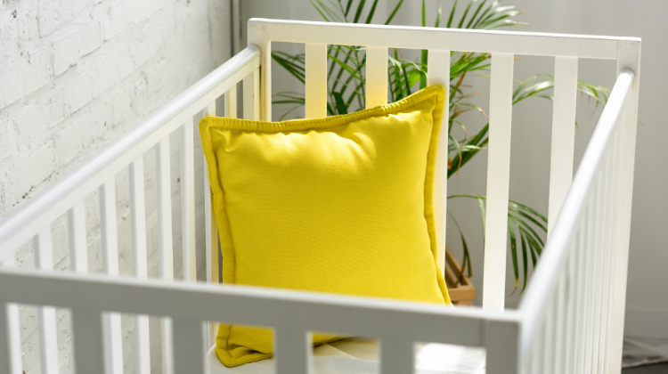 5 Best Baby Safe Paints for Cribs